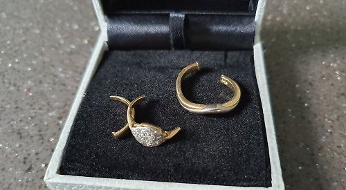 Jeweller to rescue as woman's rings get stuck on swollen finger