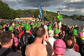 Hundreds swim in 2nd Club to Pub
