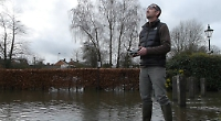 Video: Plane sailing in the floods