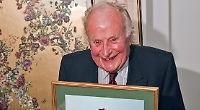 Residents pay tribute to man who was 'Mr Goring'