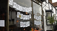 Former cafe turned into pop-up shop for Christmas