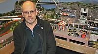 Man's model race track raising money for charity