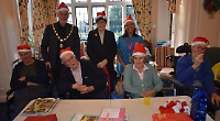 Mayor meets old friends on festive visit to care home