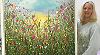 Artist raises £2,250 for NHS with Hearts of Gold painting
