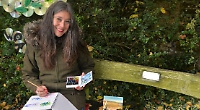Artist stages outdoor painting session for youngsters
