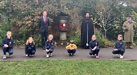 School's act of remembrance attended by rector and war historian