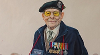 Artist offers discount on painting of veteran for display