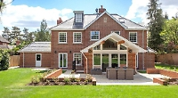 Six-bedroom mansion inspired by luxury hotels