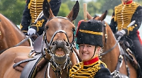 Teenager meets Queen before royal horse show