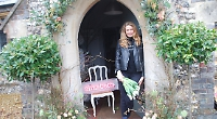 Florist to the stars opens shop in old hall doorway