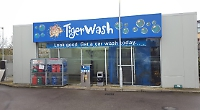 Garage pays £2,000 after car wash damages two 4x4s