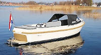 Sales and charter firm marks 25th anniversary with new electric boat branch