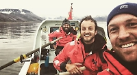 Arctic rowers set off