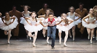 Real-life Billy Elliot wins English National Ballet role