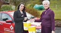 Christmas carol singers raise £2,000 for air ambulance