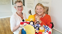 Yarn bombers' creations help educate young museum visitors