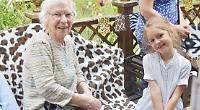 Schoolchildren visit care home
