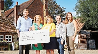 Pubs collect £42,000 for nursing charity