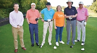 Golfers raise £3,500 for Chiltern Centre