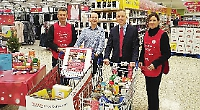 MPs backs food collection for people in need