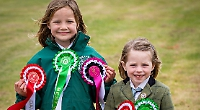 Young riders compete at pony club event