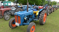 Sir William McAlpine remembered as vintage tractor run visits his home