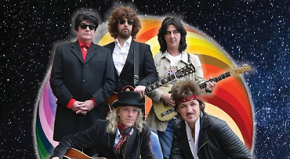 Wilburys Tribute Band Has Five Lead Vocalists Henley Standard