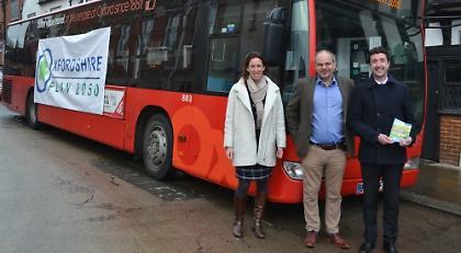 oxfordshire plan bus roadshow begins tour henley standard