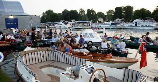 Festival Brings Back Small Boats Enclosure Henley Standard