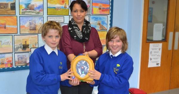 Mother Donates Defibrillator To Village School Henley
